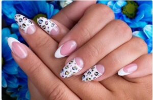Read more about the article 11 Best Ways To Remove Nail Polish Without Remover